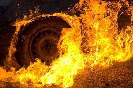 У Смиківцях поблизу Тернополя згоріла автівка