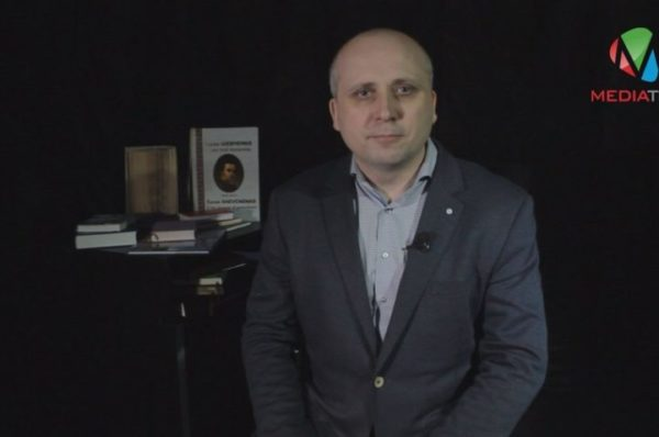 Поезія сама мене знайшла, – депутат облради Віталій Фидрин (Відео)