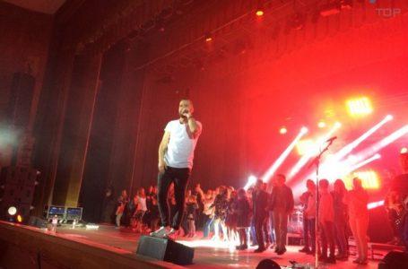 Лише українське, – гурт «Без Обмежень» закликає тернополян реєструватися у «єСвоє» і слухати вітчизняних виконавців