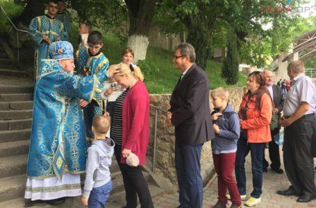 Пішки до Зарваниці йшли понад тисячу тернопільських матерів (Фото)