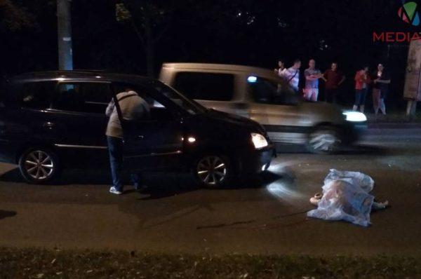 На БАМі ДТП: іномарка насмерть збила жінку (Фото)