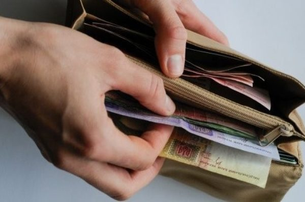 Уряд планує підвищити пенсію тим, хто отримував малу зарплату