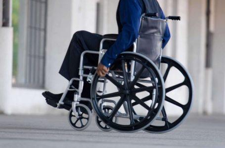У Козові люди з інвалідністю вимагають у чиновників автобус з пандусом