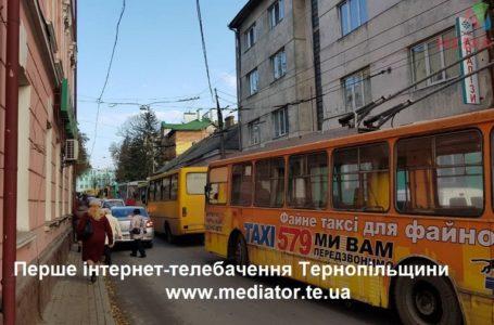Тернопіль без маршруток: водії розповіли чому страйкують вони (Відео)