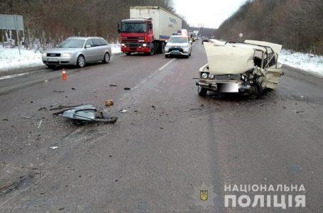 Смертельна ДТП на Теребовлянщині: водій з невідомих причин виїхав на зустрічну смугу