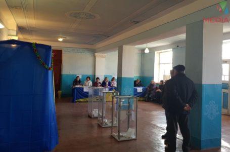 У Великому Говилові обирають Президента. Понад сотню виборців уже проголосували