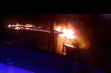На Тернопільщині загорівся деревообробний цех