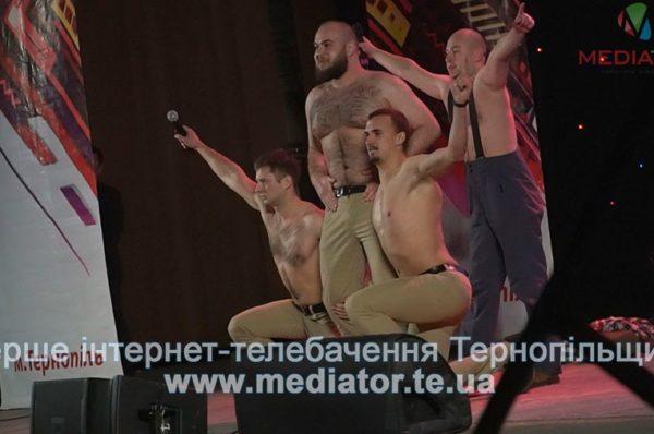 Сміх до сліз. У Тернополі стартував фестиваль Ліги Сміху (Відео)
