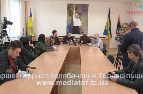 Аби не втратити проукраїнський напрямок, тернополяни створили штаб «Захисту України» (Відео)