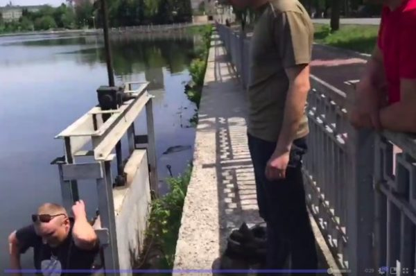 """У тернопільському парку """"Топільче"""" на гарячому впіймали браконьєрів (Відео/Фото)"""