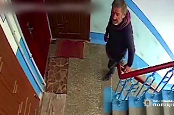 У Тернополі розшукують квартирного крадія (Відео)