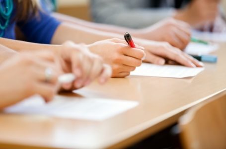 Для тернопільських випускників розпочалася додаткова сесія ЗНО (Графік)