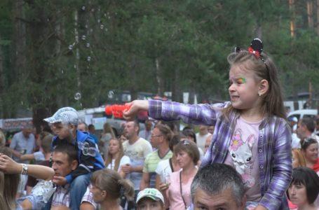 Гості фестивалю «Братина» танцювали під запальні пісні «Kozak System»