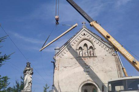 На Тернопільщині збаражчанин взявся за реставрацію старовинних костелів (Фото/Відео)