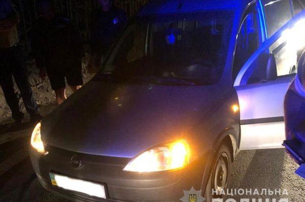 У Підволочиську молодик напідпитку викрав автомобіль