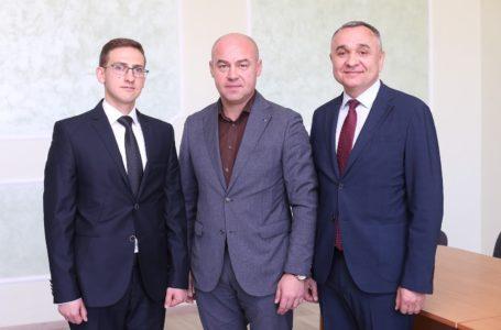 Друга лікарня Тернополя відсьогодні з новим керівником