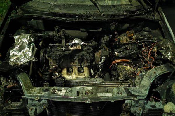 У Бучачі спалили авто громадського активіста