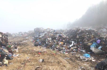 Львівським сміттям «поділились» на Тернопільщині (Фото)