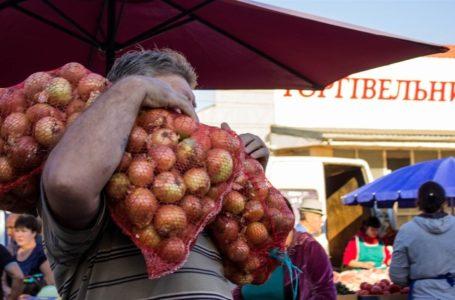 Тернополяни робили зимові запаси за зниженими цінами