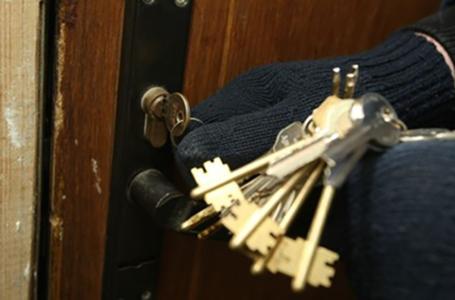 У Тернополі піймали квартирного злодія-рецидивіста