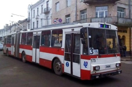 У Тернополі тимчасово зупинять рух тролейбусів за маршрутом № 3