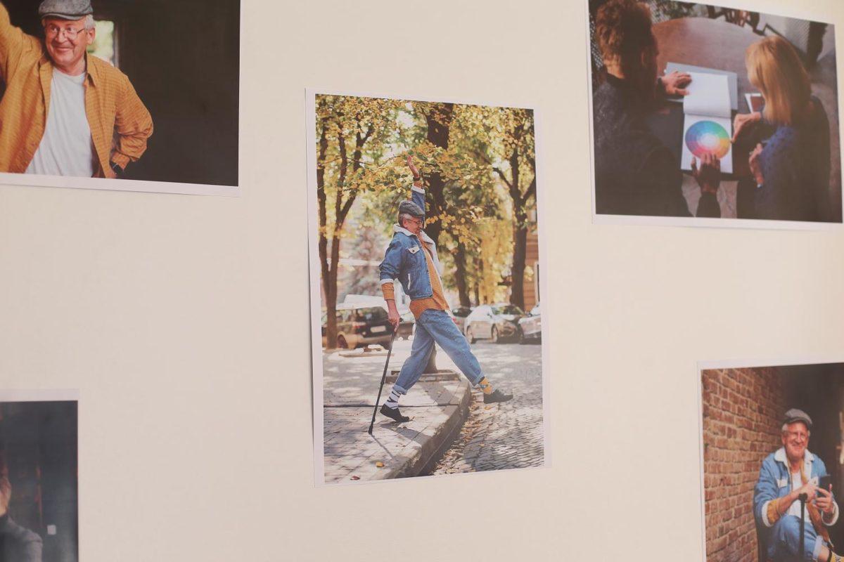 У Тернополі – виставка світлин людей «золотого» віку (Фото)