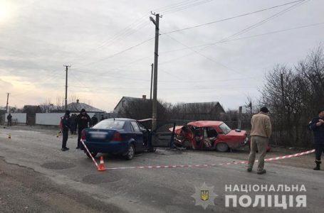 Одна людина загинула, п'ятеро в лікарні: у Підволочиському районі – аварія (Фото)