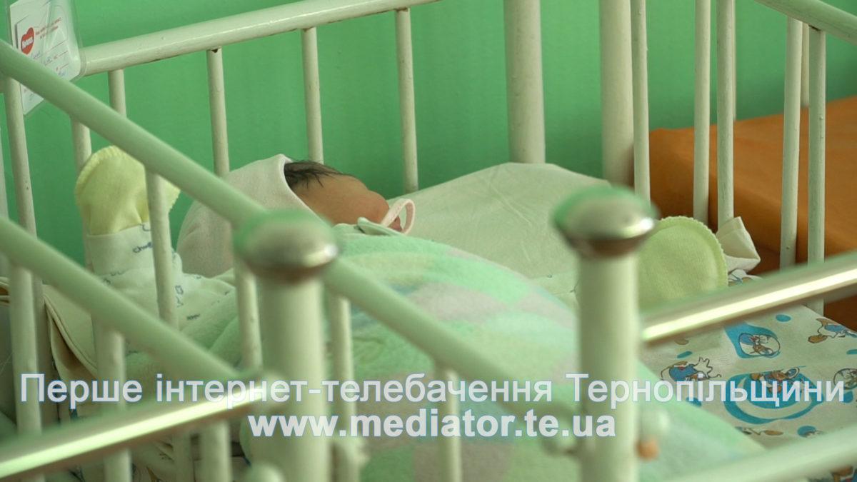 """Оксана Бандера: дівчинці, яку залишили у """"Вікні життя"""", дали ім'я"""