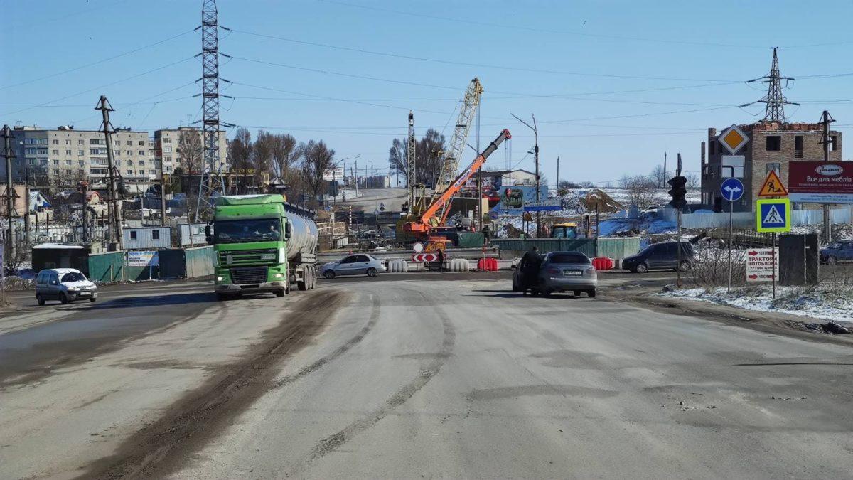 У Тернополі почали демонтаж другої частини Гаївського мосту (Фото)