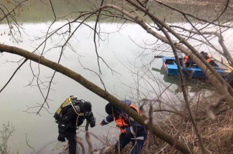 На Тернопільщині шукають рибалку, який перекинувся з лодки