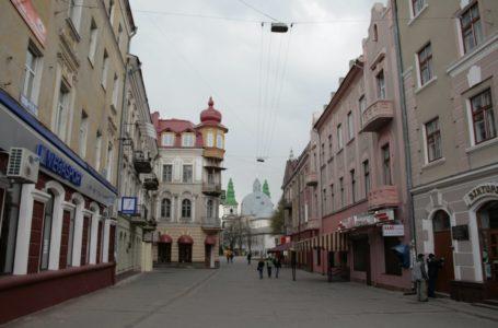 У Тернополі заборонили збиратись більше двох, а дітям – без супроводу дорослих