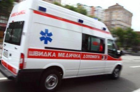 Тернополянина, який вискочив зі швидкої і тікав, доправили до психлікарні