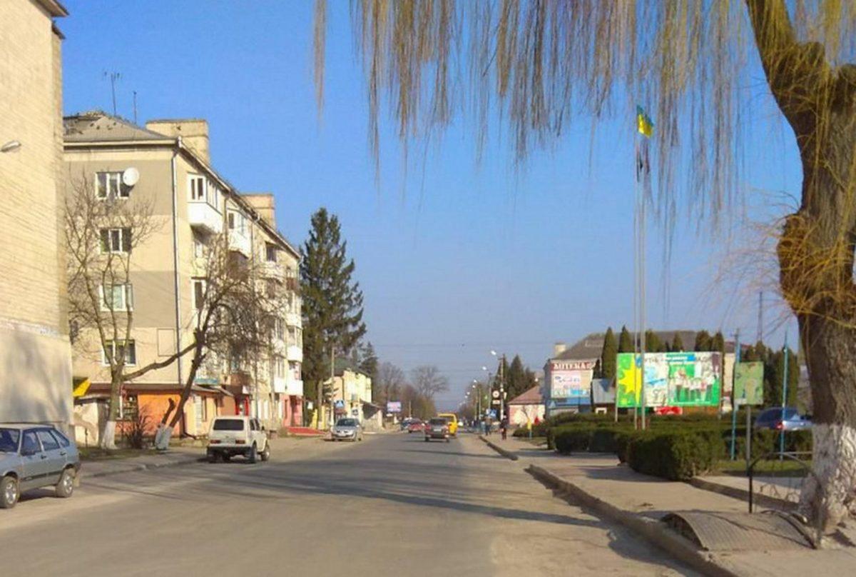 Карантин в районах: на Шумщині обмежень не послаблюють, у Кременці запрацював ринок