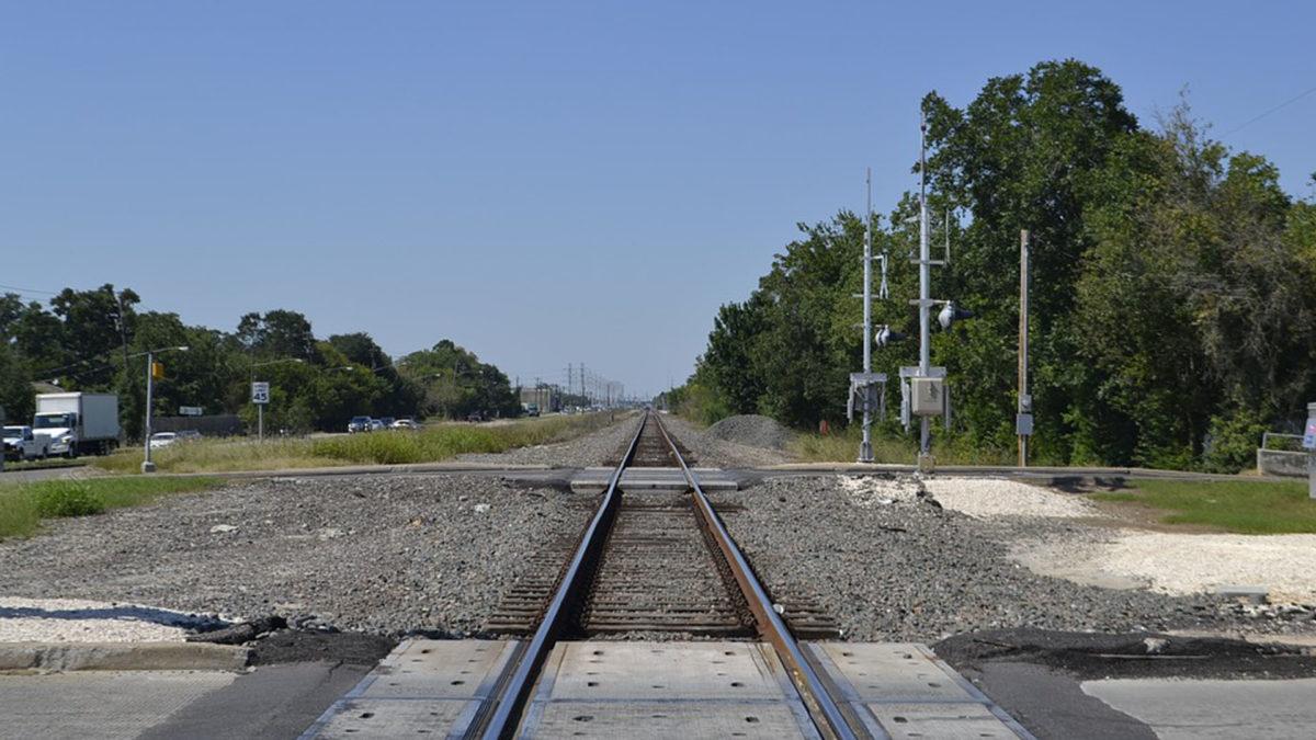 Перекриють рух транспорту через залізничний переїзд у смт. Березовиця-Острів