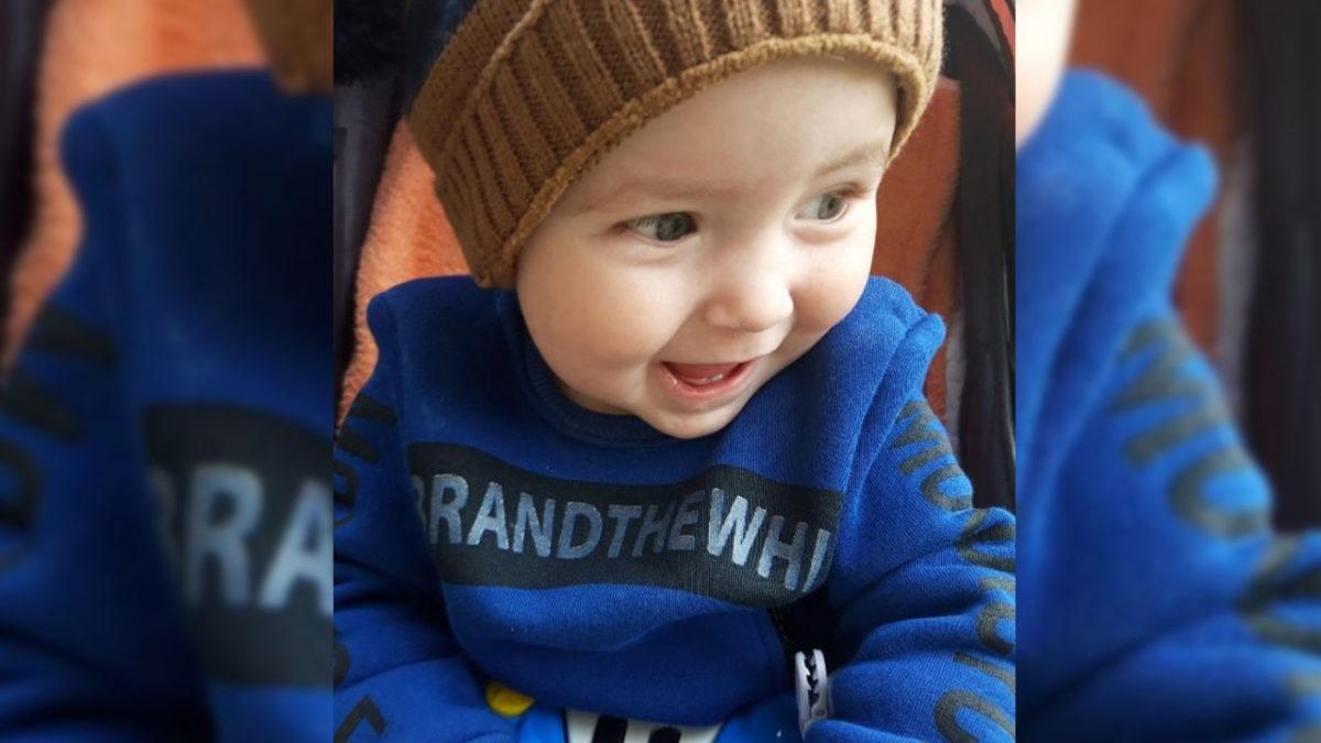 Дідусь просить врятувати онука. На Тернопільщині 1-річному хлопчику потрібна операція