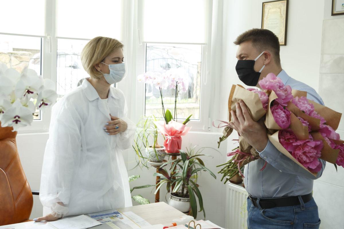 «Жертовність лікарів – неоціненний внесок у здоров'я нації», – депутат облради ВолодимирБолєщук