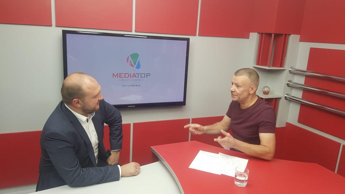Депутата облради Богдана Яциковського «тягнуть до криміналу» за фольклорну пісню
