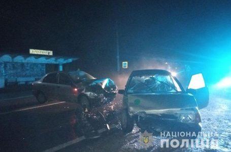 Травмовані люди та потрощені автівки. На Кременеччині трапилась ДТП (Фото)