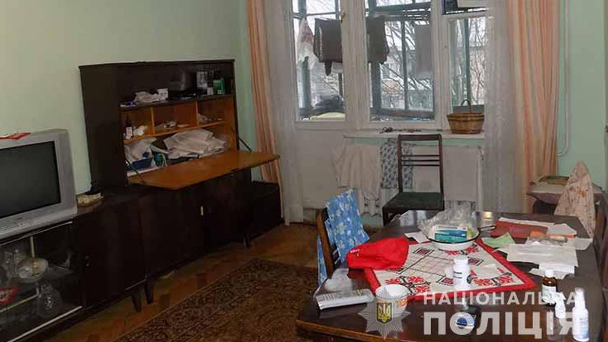 У Тернополі знайшли задушену бабусю. Підозрюють її внука (Відео)
