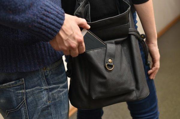 У тернопільських церквах орудують крадії мобільних телефонів