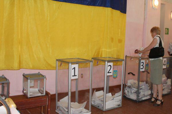 Виборчі дільниці Тернопільщини розпочали роботу вчасно
