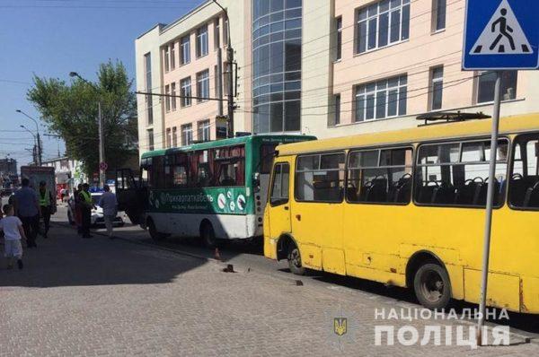 У Тернополі розшукують очевидців смертельної ДТП на Шептицького