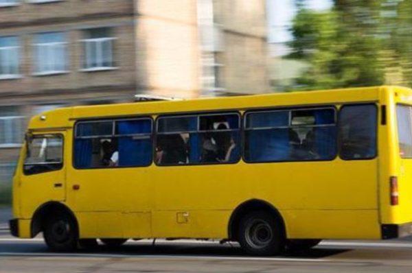 У Тернополі від удару маршрутки 73-річна бабуся загинула