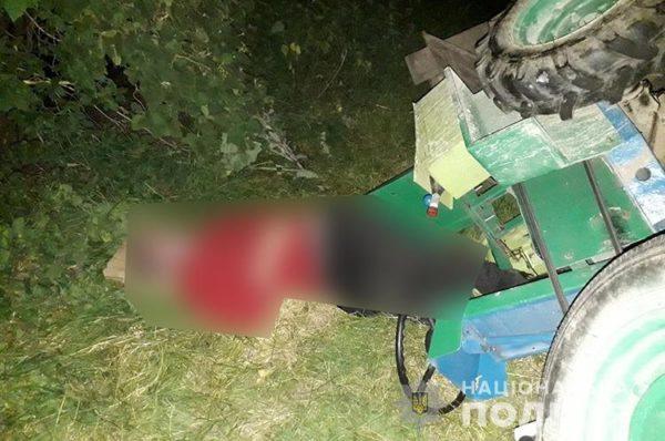 На Монастирищині чоловік загинув під колесами мотоблоку (Фото/Відео)
