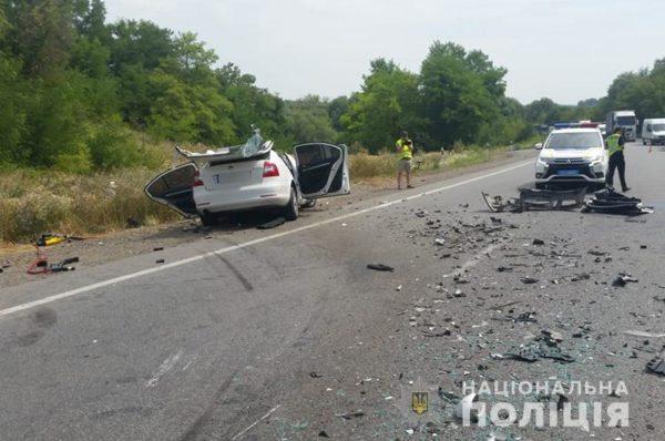 На Тернопільщині смертельна аварія: людей вирізали з авто (Фото/Відео)