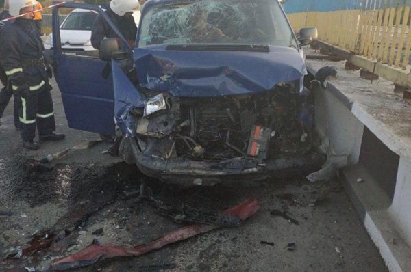 П'яний водій скоїв ДТП на Гаївському мості у Тернополі (Фото)