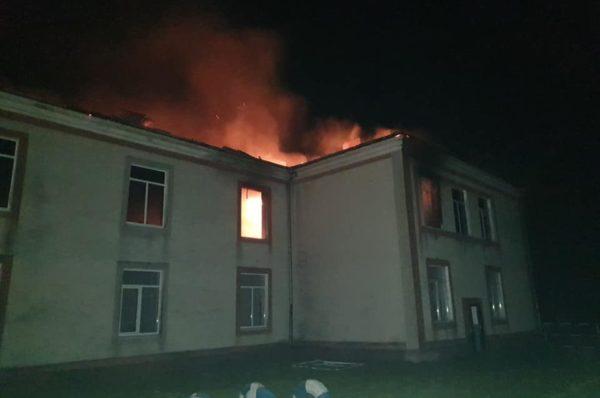 У школі на Зборівщині спалахнула пожежа: обійшлось без жертв (Фото)