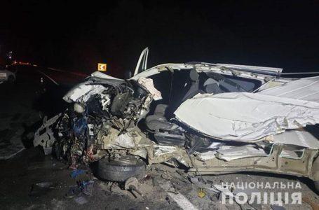 Смертельна аварія у Ступках: фура розчавила мікроавтобус