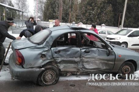 У ДТП на Тернопільщині травмувались учень автошколи та інструктор (Відео)