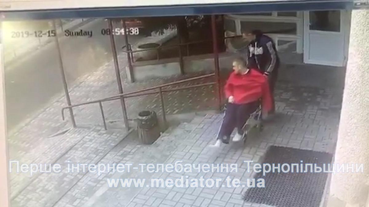 Втеча року: у Тернополі з лікарняного ліжка викрали підозрюваного в резонансній ДТП (Відео)